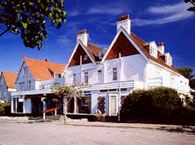 Photo of Beaumaris Hotel